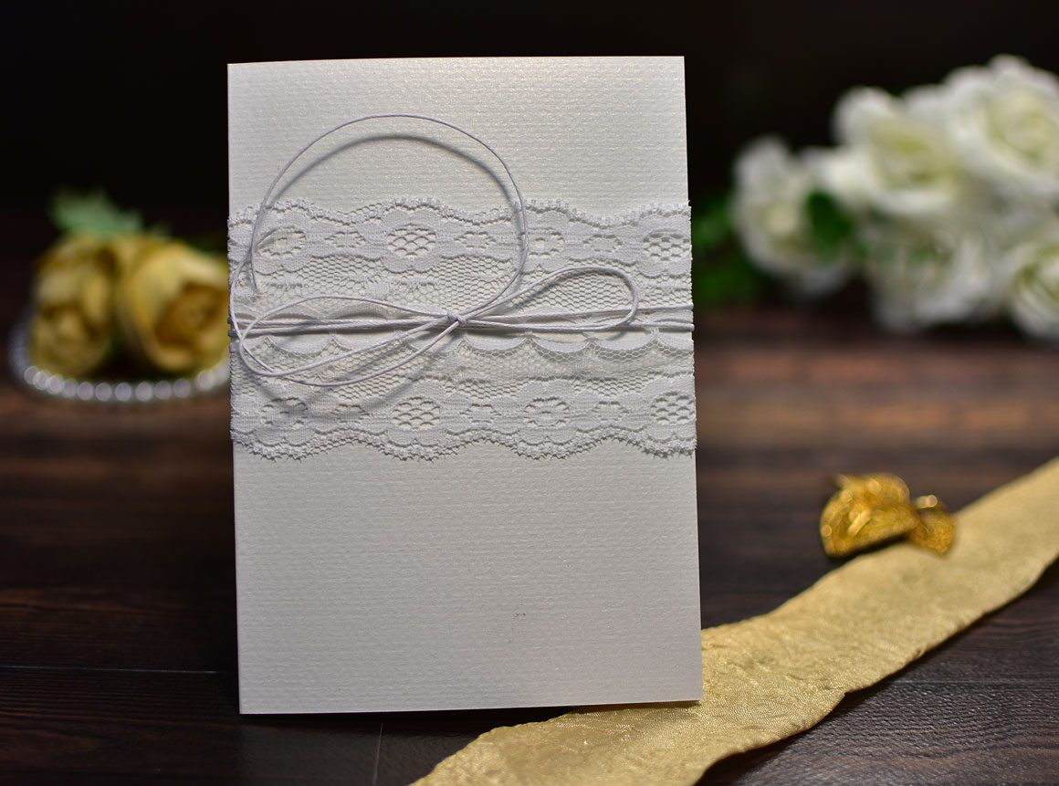 Προσκλητήριο γάμου δίπτυχο δαντέλα