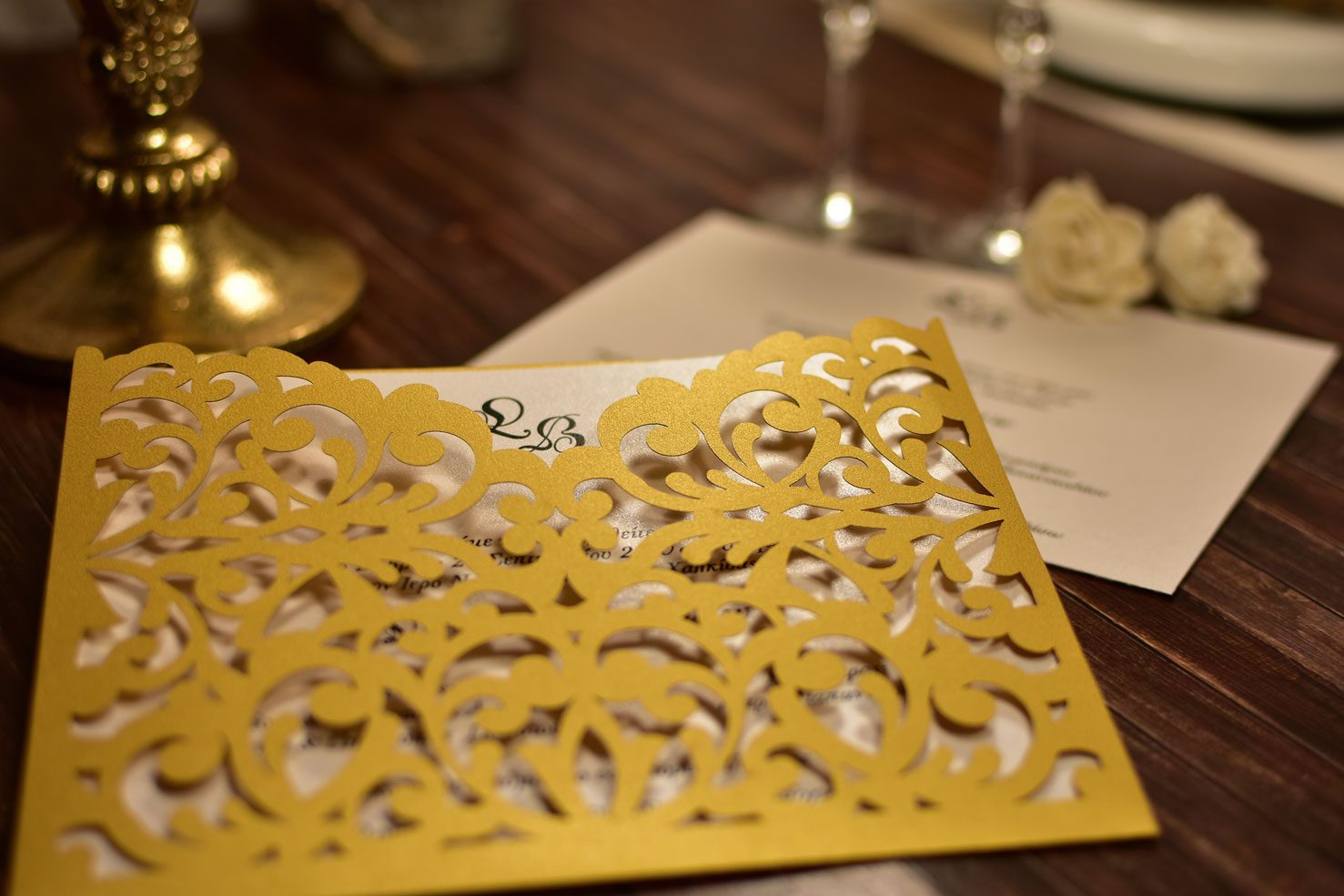 Προσκλητήριο Γάμου Lasercut Χρυσό