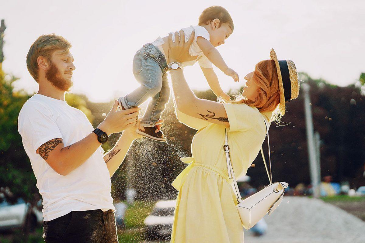 Βάπτιση με δύο νονούς